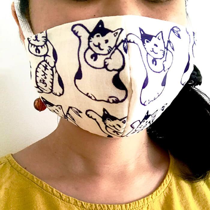 手ぬぐい立体マスク「招き猫いっぱい」